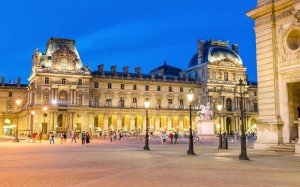louvre-museum-guid_3432569b